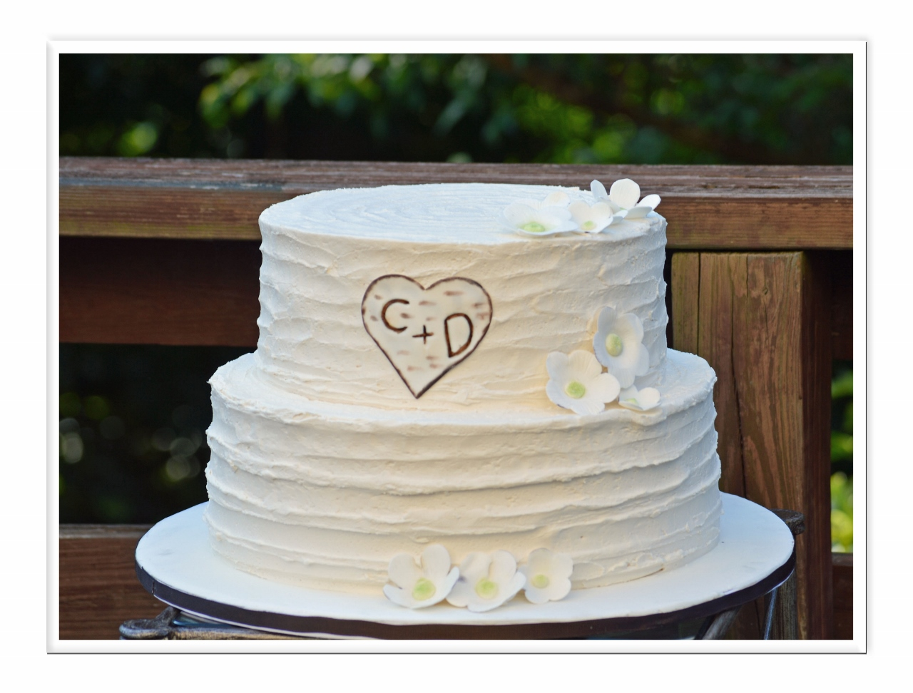 Wedding Cakes Out of the Bubble Bakery
